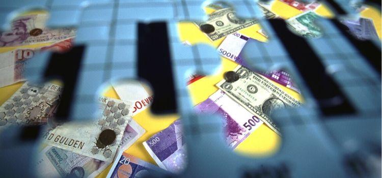 Tekort aan geld oplossen door te besparen